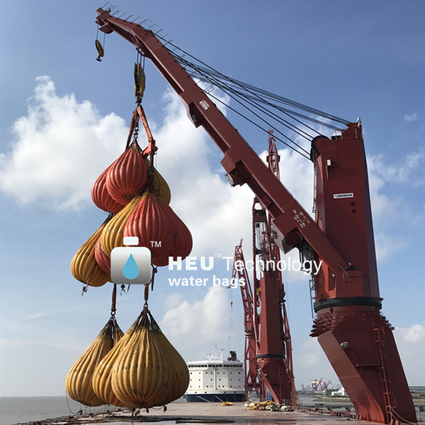deck crane load test.jpg